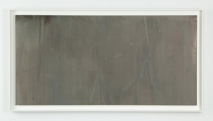 """Liz Deschenes, """"Tilt / Swing #4B"""" (2009)."""